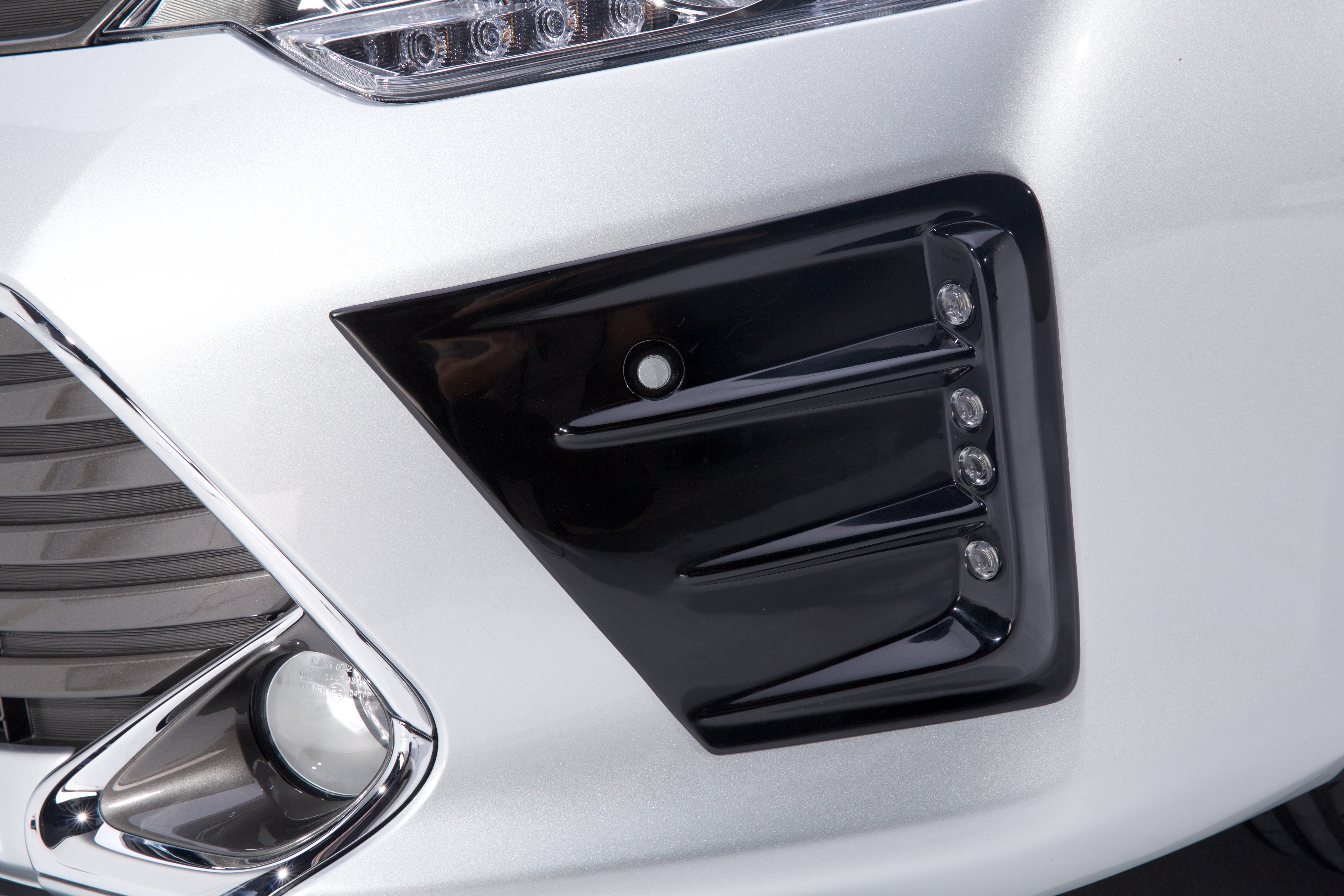 toyota mode of entry in malaysia Your choice of hybrids and phevs in malaysia  standard features for both variants are impressive such as include keyless entry,  toyota camry hybrid.
