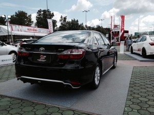 LX MODE CAMRY 2015 BLK Rear