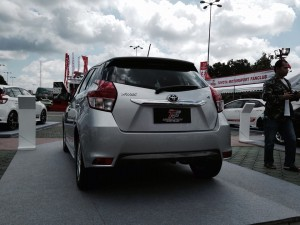 LX MODE Yaris Silver Rear